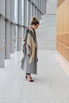 Sia & Kyo Coat with Forever 21 Blanket Scarf